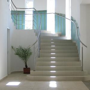 Cómo decorar escaleras de interior